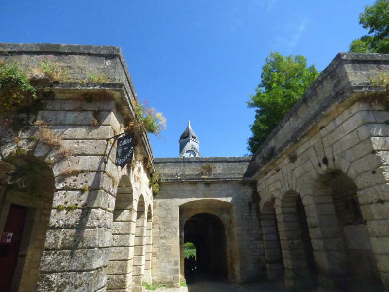 La porte Dauphine vue de l'intérieur de la Citadelle